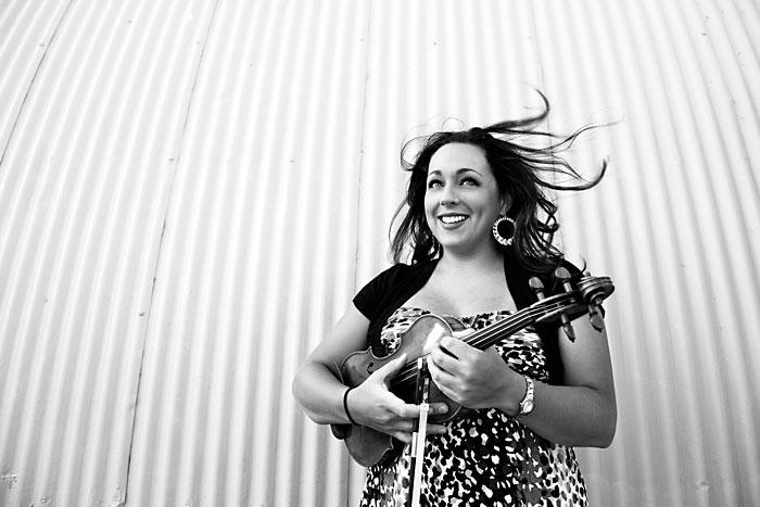Ivonne Hernandez Canadian Fiddler