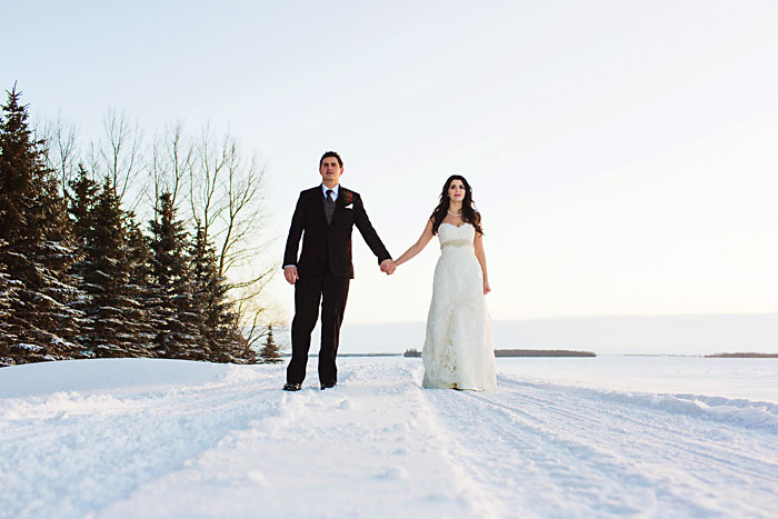 Winter Wedding Melfort Saskatchewan (20)