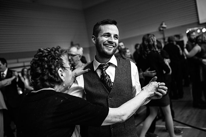 Winter Wedding Melfort Saskatchewan (3)